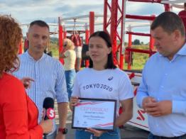 ООО «Отважных» и Инвестгруппа «MOLODIST» подарили квартиру Ирпенский борчихи Ирине Коляденко